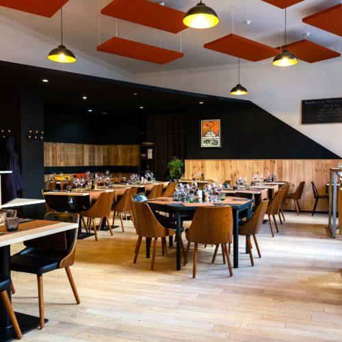 brasserie-oscar-mons-background-tablefond